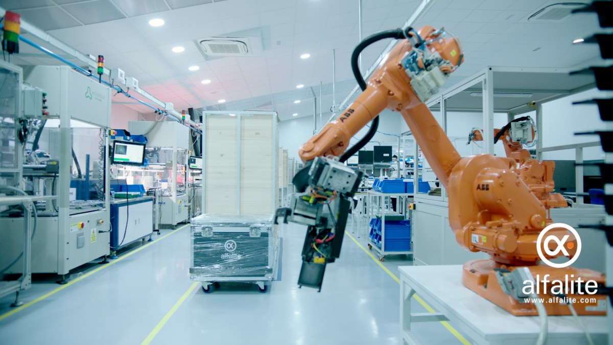 ROBOTS AND FINAL ASSEMBLY LINES